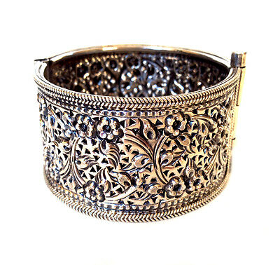 INDO PERSIAN Sterling Silver Pierced Floral Pin Cuff Bracelet East Indian