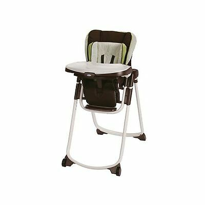 Graco Slim Spaces High Chair ~~ GO GREEN ~~ BRAND NEW !!!!
