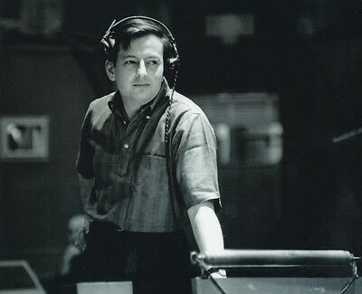 Andre Previn Unsigned Photo - 1038 - Pianist, Conductor And Composer
