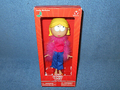 """Lizzie Mcguire - Our Family Tree - A Holiday Celebration - 9"""" Doll  Disney Store"""