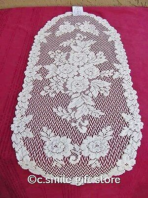 """Heritage Lace *VICTORIAN ROSE* 13"""" x 36"""" Table Runner Color: Ecru"""