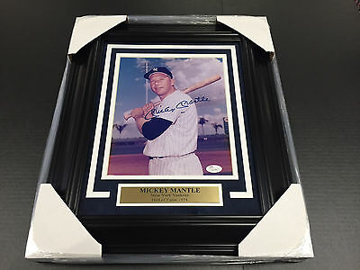 Mickey Mantle Autographed Signed New York Yankees 8X10 Photo Psa Coa Framed