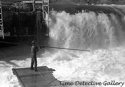 Indians Fishing for Salmon, Celilo Falls, Oregon (5) -1941- Historic Photo Print