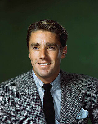 Peter Lawford UNSIGNED photo - B2409 - HANDSOME!!!!