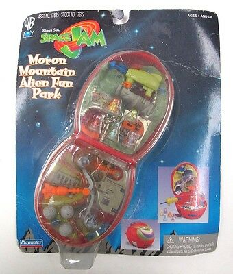 Warner Brothers Space Jam Moron Mountain Alien Fun Park 17627 VERY RARE