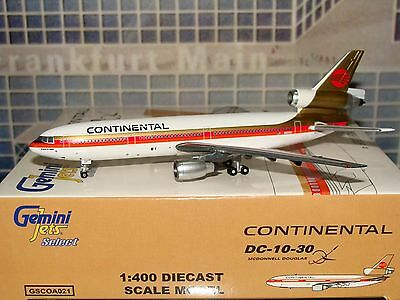 Gemini Jets Select Continental DC 10 -30 GSCOA021 Red Ball 1/400 *Free S&H**LAST