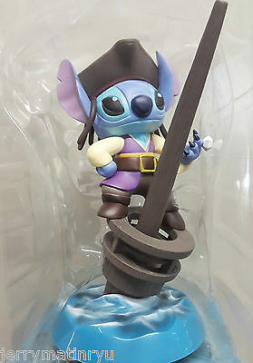 Disney Lilo and stitch Pirates of the Caribbean figure toy special pen stand cad