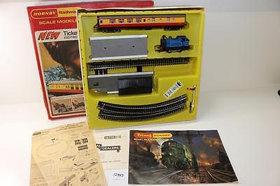 Triang Hornby OO 1:76 RS.616 Take-A-Ticket Train Set with steam Locomotive 12947