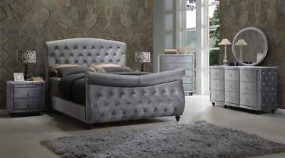 Meridian Hudson Sleigh Queen Size Bedroom Set 5pcs in Grey Contemporary Style