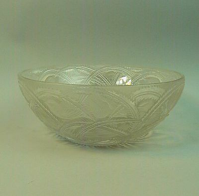 A BEAUTIFUL LALIQUE FRENCH ART GLASS 'PINSONS' BOWL No. 11016