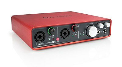 Scarlett 6i6 (1st Gen) USB Audio Interface with MIDI IO and Software Bundle