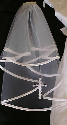 First HOLY COMMUNION VEIL ,SATIN EDGE WITH LACECROSS/ WHITE OR IVORY made in UK