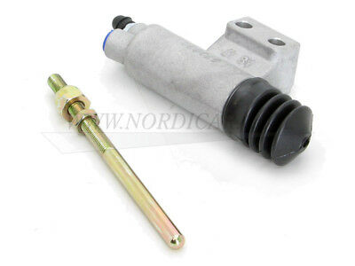 "VOLVO P1800 P2200 /& P1200 122S NEW CLUTCH MASTER CYLINDER 3//4/"" bore"