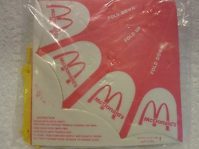 McDonalds 1982 Ronald Hang Glider Happy Meal Toy Scarce Mint on Tree