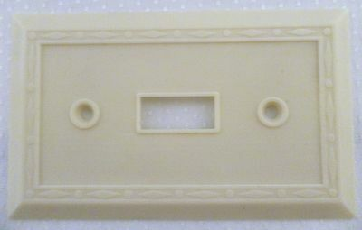 Ivory Vintage Leviton Ornate Art Deco Bakelite Single Gang Switch Plate Cover