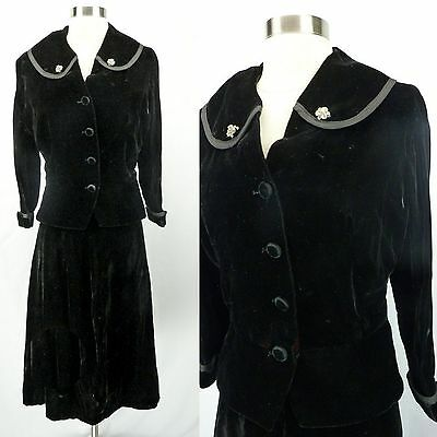 Vintage 40s 50s Black Velvet Dress Suit, 2-Pc Jacket & Skirt w/Rhinestones, M