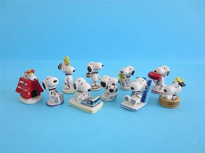 AMAZING MINIATURE PORCELAIN, SNOOPY GOOD TIMES COLLECTION, Woodstock, Soccer