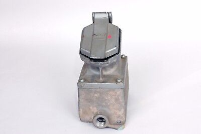 Crouse-Hinds CPS152R-M6  Explosion Proof Female Receptacle, Enclosed