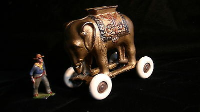 ANTIQUE CAST IRON A.C. Williams ELEPHANT BANK ON WHEELS, w. Orig. Paint,