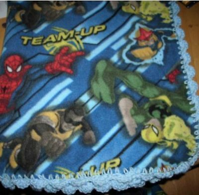 Marvel characters blanket and pillow case