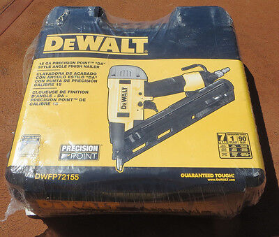 DEWALT Precision Point 34-Deg 15GA 2-1/2 DA Finish Nailer DWFP72155 New Nail gun