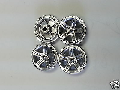 1:43 Diecast Police Dodge Charger FIRST RESPONSE WELLY MOTORMAX SILVER TYPE rims