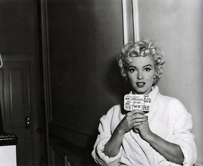 Marilyn Monroe UNSIGNED photo - C1141 - The Seven Year Itch