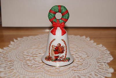 Avon  1995  Christmas  Bell  Fine Collectibles