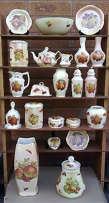 Royal Worcester - Palissy -  Royale Collection Fruit - Selection Of Vases, Etc..