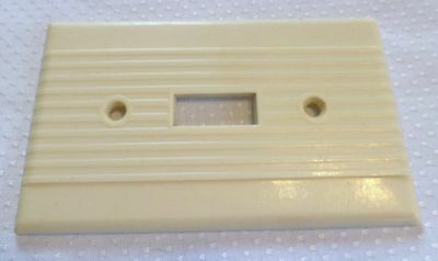 Ivory Vintage Leviton Ribbed Art Deco Bakelite Single Gang Switch Plate Cover