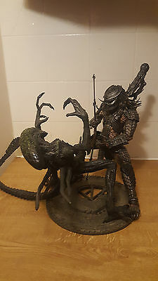 "12"" Alien Vs Predator Set Avp Grid Alien Vs Scar Predator Figure Used"