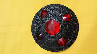 TE Scottish Kilt Fly Plaid Brooch Black Finish Red Stone/Celtic Ladies Brooches