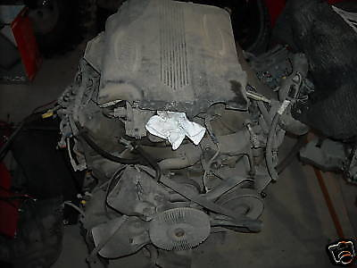 Used 8.1L Gas Engine from 2003 GMC 2500HD 4wd 130xxx KM