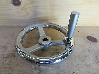 "8  ""   Chrome Handwheel with Swivel Handle"