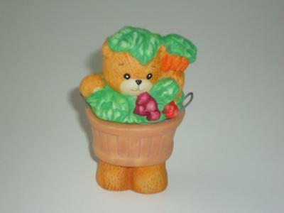 LUCY & ME Salt & Pepper Shakers Bear in Vegetable Basket ~Enesco Lucy Rigg 1991