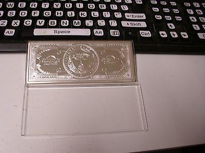 Silver bullion minted 99.9   USD $ 1,000,000 note. Rare. Collectable.