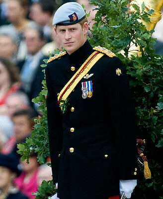 Prince Harry UNSIGNED photo - D354 - Second Lieutenant in the Blues and Royals