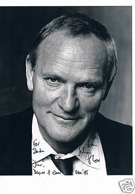 Julian Glover British Actor Hand Signed  Black and White Photo 10 x 8