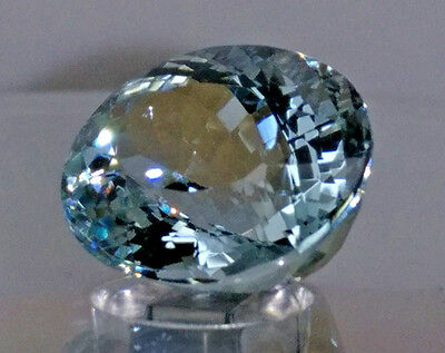 8.35CT Stunning Crystal Clear NATURAL Light Blue AQUAMARINE Oval Gem Stone