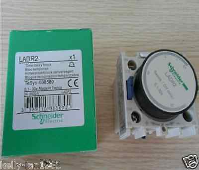 1PCS New Schneider Time Delay Block LADR2 0.1-30s