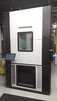 Thermotron SE-2000-6-6 Environmental Temperature And Humidity Test Chamber.
