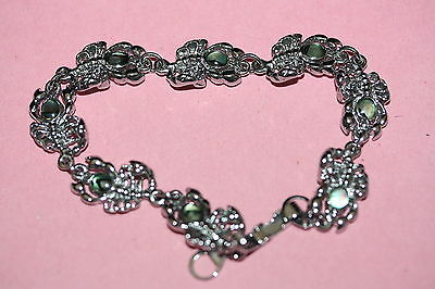Bracelet with Scorpions with Abalone Colured Heads on Silver Tone *WILD*