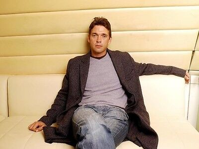 Dougray Scott UNSIGNED photo - D1285 - HANDSOME!!!!!