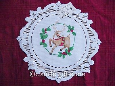 "Heritage Lace *HOLLY JOLLY CHRISTMAS w/REINDEER* 14"" Round Doily White"