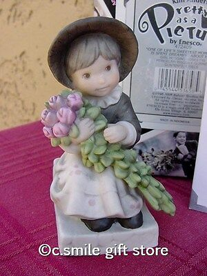 "PRETTY AS A PICTURE Kim Anderson ""Girl Sitting Hugging Roses"" #472409 Ret MIB"
