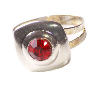 Magnificent Red Diamanté Centre/one Size Fits All Chrome Hand Ring (Zx165)