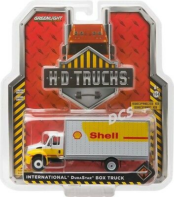 Greenlight 2013 Shell Oil International Durastar 4400 1/64 Diecast Car 33060-B