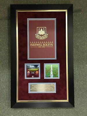 West Ham v Man United The Final Game at the Boleyn Framed Limited Edition Progra