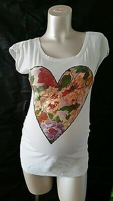 [68] New Look Maternity White Cotton T-Shirt / Heart Design Size 10