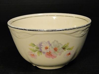 Homer Laughlin Virginia Rose Fluffy Rose Cranberry Oatmeal Bowl